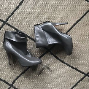 lavorarione arligiana butter gray ankle boots